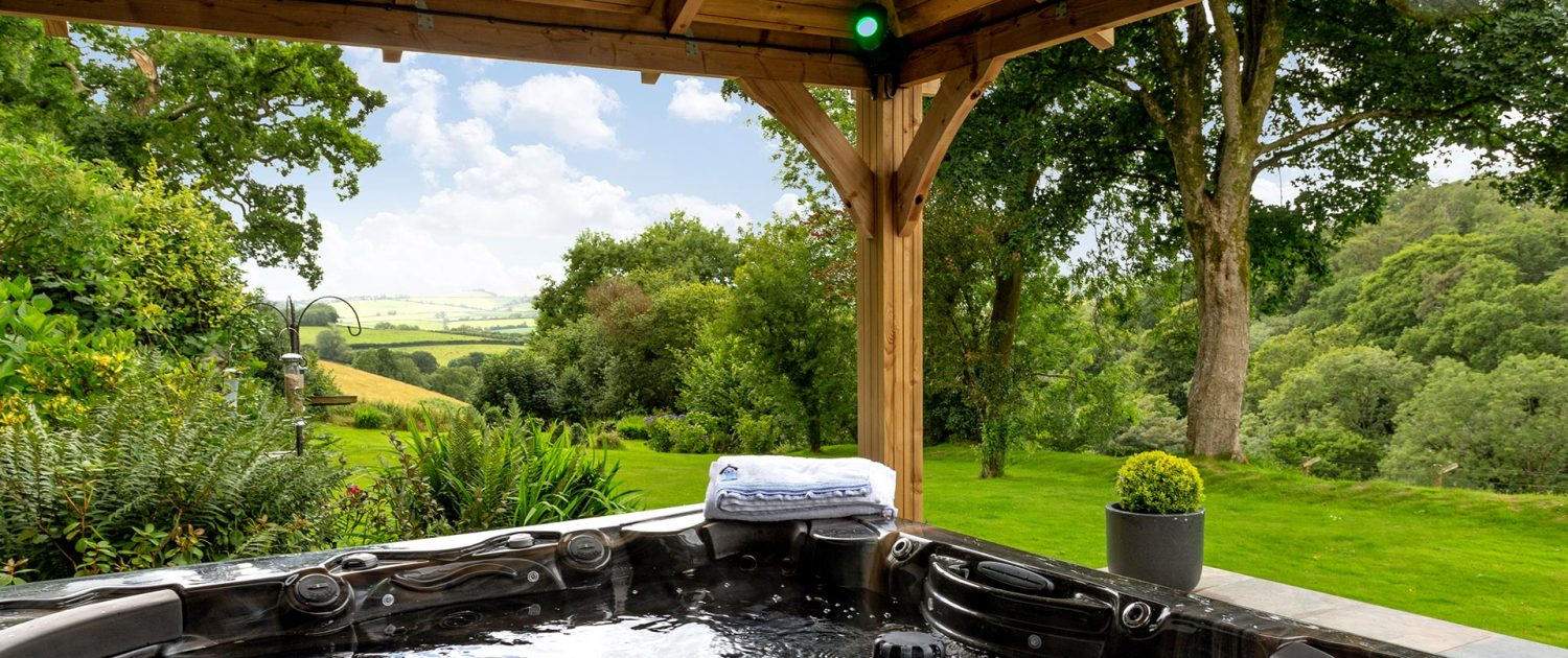 Harpers Cottage Hot Tub